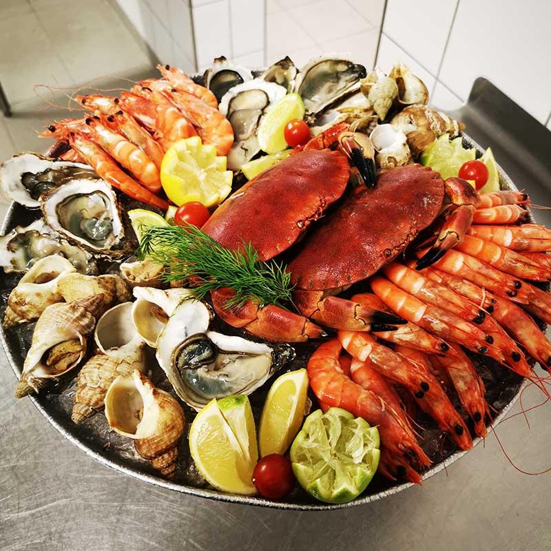 Repas spécialFruits de mer ou foie grasou Repas des chefs
